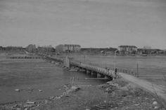 Jatkosodan aikana joukkomme rakensivat Syvärin yli Voznesenjaan kenttäsillan,jota voidaan pitää suomalaisen pioneeri- ja sillanrakennustaidon mestariluomuksena.Sillan tekivät Pioneeripataljoona 13 ja 1.sillanrakennuskomppania, ja sillä oli pituutta 392 metriä. Silta valmistui huhtikuussa 1942,ja se sijaitsi nykyiseltä lauttalinjalta 500 metriä alavirtaan.