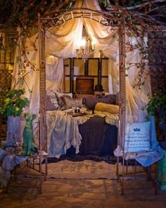 Whimsical bedroom .. Dreamy✨✨