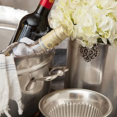 Evoke the spirit of largesse with a large party wine tub to accommodate an intimate dinner or large open house. The everyday process of chilling wine has never been so grand.