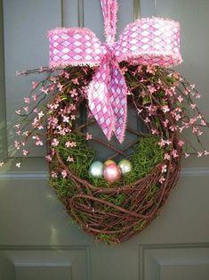 Načerpajte inšpirácie na nádherné veľkonočné vence Diy Spring Wreath, Spring Crafts, Easter Projects, Easter Crafts, Easter Decor, Easter Ideas, Craft Projects, Wreath Crafts, Diy Wreath