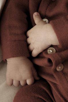 baby's little hands