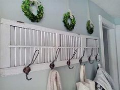 Decorating With Old Shutters In 12 Ways - Rustic Crafts & Chic Decor - - Decorating with old shutters is a great way to add some rustic chippy charm to your home. See how to display, use, or build things with vintage shutters. Shabby Chic Headboard, Baños Shabby Chic, Cocina Shabby Chic, Muebles Shabby Chic, Shabby Chic Wall Decor, Estilo Shabby Chic, Shabby Chic Curtains, Shabby Chic Living Room, Shabby Chic Bedrooms