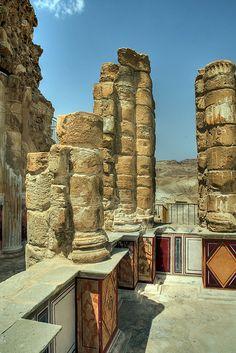 *ISRAEL ~ Ruins of Herod's Palace at Masada, Israel (by A. - It's a beautiful world Ancient Ruins, Ancient History, Jewish History, Mayan Ruins, Ancient Greek, Masada Israel, Israel Palestine, Beautiful World, Beautiful Places
