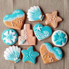 Sugar Cookies Design - Beautiful Mum - Everything a Beautiful Mum needs in just . Iced Cookies, Cute Cookies, Cupcake Cookies, Cupcakes, Cookie Favors, Baby Cookies, Heart Cookies, Valentine Cookies, Birthday Cookies