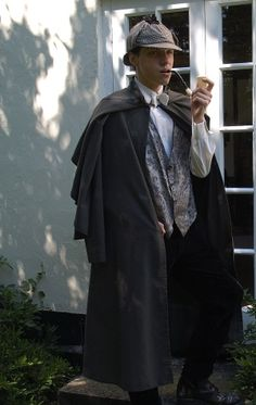 Victorian mens Sherlock Holmes costume for hire.jpg (300×475)