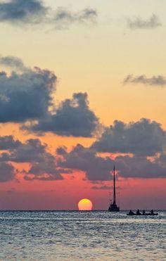 Sunset in Caye Caulker, Belize | Alex in Wanderland