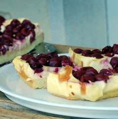 13 meggyes édesség, ami még a legelszántabb diétázót is elcsábítja! Hungarian Recipes, Hungarian Food, Something Sweet, Winter Food, Cake Cookies, Sour Cream, Cake Recipes, Cheesecake, Food And Drink