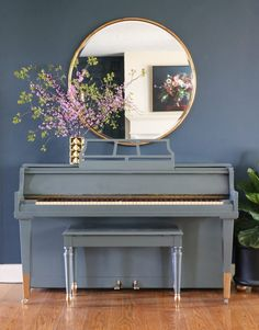 Painted Piano - love the gold dipped legs!