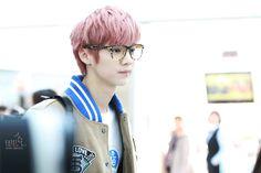 Luhan's pink hair