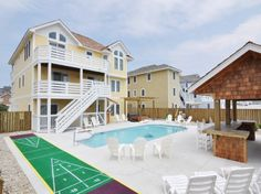 Outer Banks Rental: Elliott Estates 8 Nags Head-Oceanside (less than 500' from ocean)  Tiki Hut and Shuffleboard Acade games, $7,995