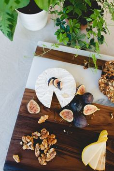 marble + wood cheese board tray | DIY by coco+kelley