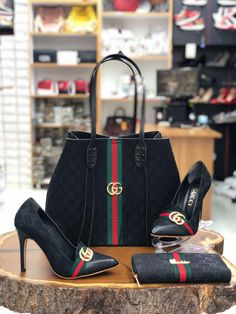 """Stunning Gucci """"Baddie From The Block"""" Stiletto Pumps + Luxury Handbag + Wallet Sets Luxury Bags, Luxury Handbags, Black Handbags, Leather Handbags, Gucci Handbags Outlet, Purses And Handbags, Gucci Purses, Fancy Shoes, Cute Shoes"""