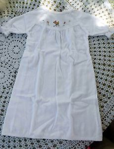 Vintage Infant White Cotton Flannel Nightgown & Robe w/Embroidery Baby Memories, Childhood Memories, Vintage Pram, Flannel Nightgown, Retro Baby, Vintage Children, Night Gown, Baby Knitting, Baby Dress