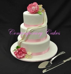 Wedding Cake by Cake Appreciation Society Member Contemporary Cakes - See QLD Directory Listing at www.cakeappreciationsociety.com
