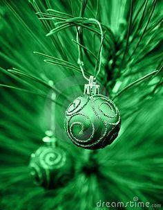 An Emerald Green Christmas Irish Christmas, Green Christmas, Christmas Baubles, Christmas Colors, Christmas Holidays, Christmas Countdown, Christmas Treats, Christmas Decorations, Mean Green