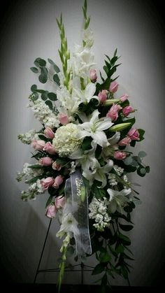 45 Beautiful Funeral Arrangements Ideas Easy To Make It 0819 Casket Flowers, Grave Flowers, Cemetery Flowers, Church Flowers, Funeral Flowers, Wedding Flowers, Funeral Floral Arrangements, Church Flower Arrangements, Beautiful Flower Arrangements