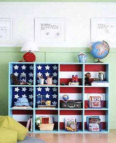 Would be awesome with the TEXAS flag! Creative patriotic decoration for shelves, decorating ideas for kids rooms