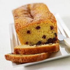 Budin con chispas de chocolate Chips Ahoy, Churros, Flan, Bagel, I Foods, Sweet Recipes, Cookie Recipes, Banana Bread, Sandwiches