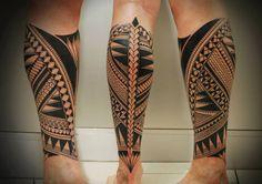 maori tattoos being done Polynesian Leg Tattoo, Polynesian Tattoo Designs, Maori Tattoo Designs, Samoan Tattoo, Thai Tattoo, Leg Band Tattoos, Best Leg Tattoos, Leg Tattoos Women, Tattoos For Guys
