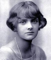Daphne Du Maurier (13 May 1907 – 19 April 1989)