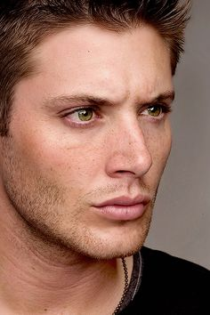 """Perfection in Detail ↳ Jensen Ackles - Supernatural Season 2 Promo """