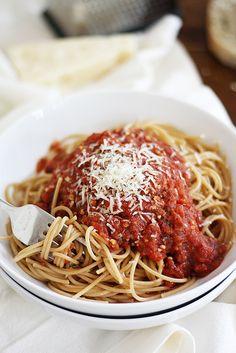 Mom's Classic Heirloom Tomato Spaghetti Sauce