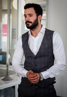 Baris Arduc Kiralik Ask Turkish Men, Turkish Fashion, Turkish Actors, Hot Actors, Actors & Actresses, Elcin Sangu, Casual Outfits, Men Casual, Cute Couple Pictures