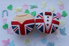 Royal wedding will & Kate, Best ideas for royal wedding viewing party, union jack cupcakes, british uk cupcakes, beautiful royal princess cakes Butter Cupcakes, Yummy Cupcakes, Cupcake Cakes, Royal Cupcakes, Cupcake Art, Cupcake Ideas, Cup Cakes, British Party, British Wedding