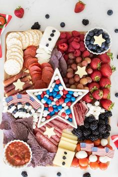 Fourth Of July Food, 4th Of July Party, July 4th, Charcuterie Recipes, Charcuterie Board, Cracker Dip, White Cheddar Cheese, Independence Day