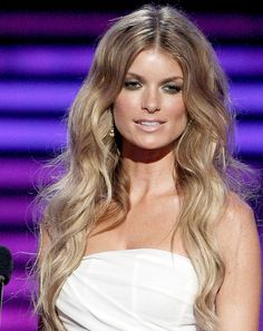a nice version of Blonde Ombre`