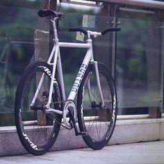 ca5aff31307de0 Le migliori 49 immagini su HIPSTER BIKE   Vintage bikes, Vintage ...