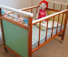 Vintage Crib Or Baby Bed 1960 S 1970 Clothes