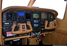cessna 210 cockpit - How cool is that!