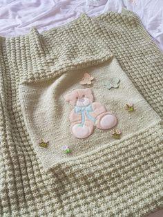 Baby Knitting Patterns, Knitting Stitches, Baby Patterns, Crochet Patterns, Knitted Baby Blankets, Baby Blanket Crochet, Crochet Baby, Knit Basket, Yarn Bombing