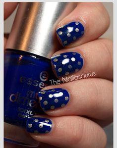 Royal blue with silver polka dots shellac/gelish