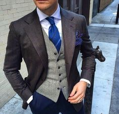 Brown Blazer Navy Blue Pants Casual Man Suit 3 Pieces Mens Wedding Prom Party Suits terno masculino Custom Made costume homme Fashion Mode, Suit Fashion, Mens Fashion, Style Fashion, Gentleman Mode, Gentleman Style, Dress Shirt And Tie, Suit And Tie, Mode Masculine