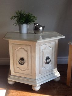 End table painted with diy chalk paint.