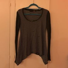 Free People Long sleeve Super comfy free people long sleeve. Worn once, perfect condition. Size Petite/small Free People Tops Tees - Long Sleeve