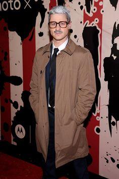 Pin for Later: Holt euch bei den Stars Inspiration für euer Halloween-Kostüm Ben McKenzie als James Gordon aus Batman