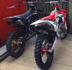 😍 Left or Right? Rate this setup Honda Dirt Bike, Dirt Scooter, Ktm Dirt Bikes, Cool Dirt Bikes, Dirt Bike Gear, Dirt Biking, Enduro Motocross, Motorcycle Dirt Bike, Moto Bike