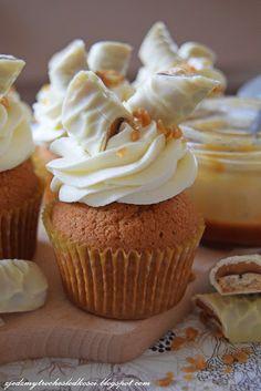 White Twix cupcakes
