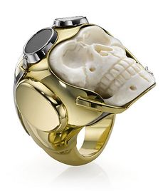 "Theo Fennell - ""Lost Flyer"" skull ring made of carved mammoth bone and yellow & white gold Bone Jewelry, Skull Jewelry, Jewelry Rings, Jewelry Accessories, Jewelry Design, Unique Jewelry, Jewellery, Ring Ring, Skull Wedding Ring"