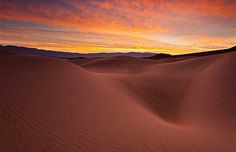 tramonto sul deserto