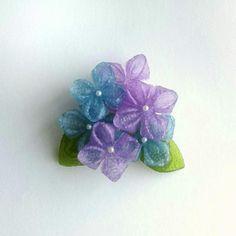 ゼリーのようなつまみ細工 ブローチ 紫陽花B