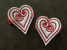 Pair of Valentine's Day Swirl Heart Feltie by MommysCraftCreations