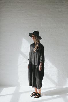 Oversize Linen Dress: SeaSideTones (Etsy)