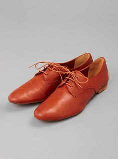 Couverture and The Garbstore - Womens - Megumi Ochi - Amanda Leather Lace-up Shoe