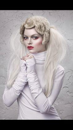 White Mua Valeriya Kutsan