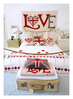 OHHH!!! Looove this!!! Union Jack for @Liam Moore and @Traci Moore