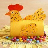 Spring crafts: Chicken sitting on a pile of chocolate eggs. Toilet Roll Craft, Toilet Paper Roll Art, Rolled Paper Art, Paper Towel Crafts, Toilet Paper Roll Crafts, Easter Art, Easter Crafts, Diy And Crafts, Crafts For Kids